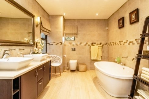 House-for-sale-in-Bedforview (10)