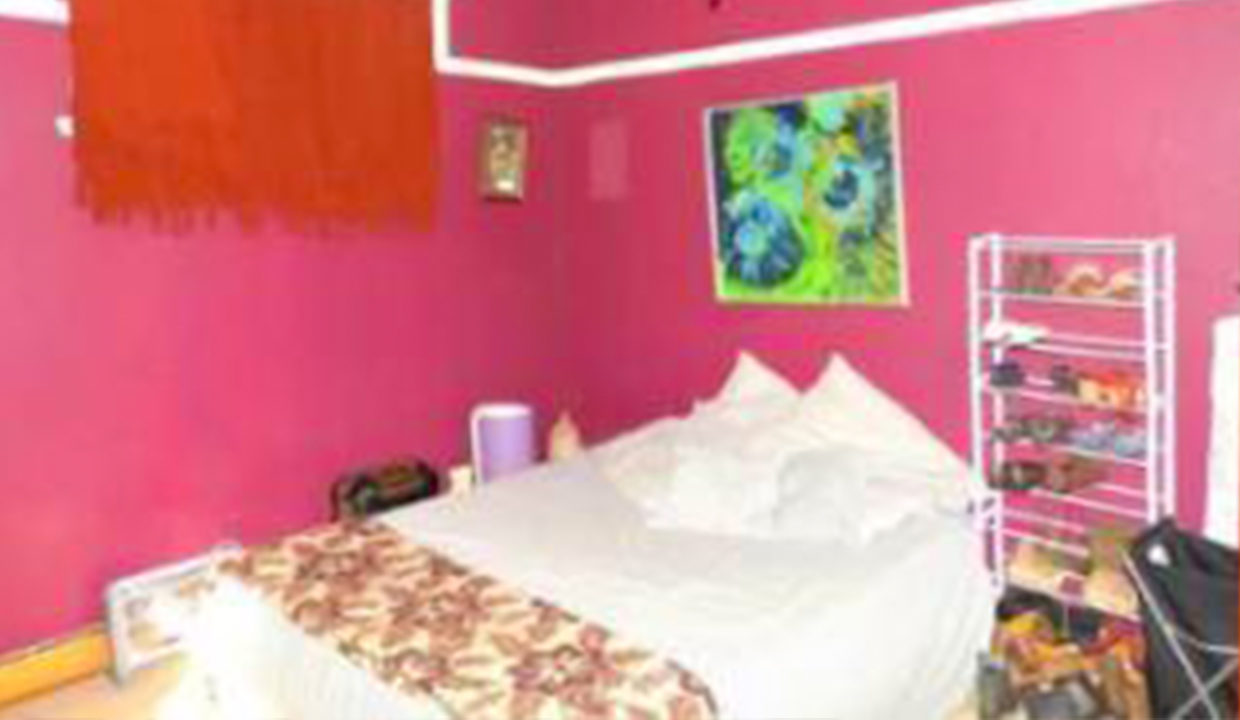 3 Bedroom House for Sale in Observatory3