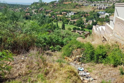 4198 m² Land for Sale in Bassoni1