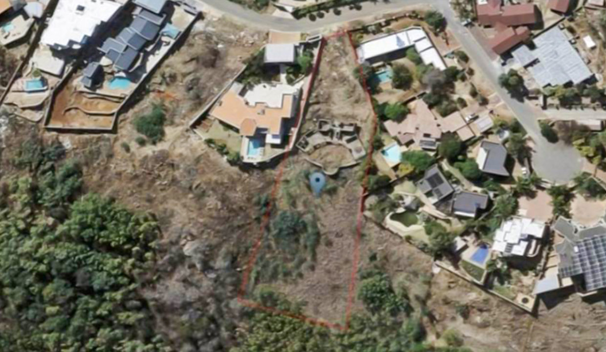 4198 m² Land for Sale in Bassoni7