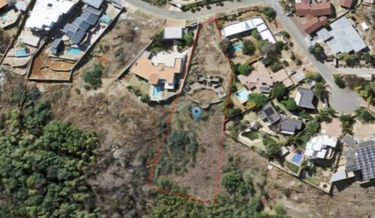 4198 m² Land for Sale in Bassonia