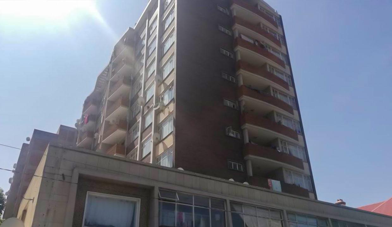 54 Bedroom Flat for Sale in Joubert Park19