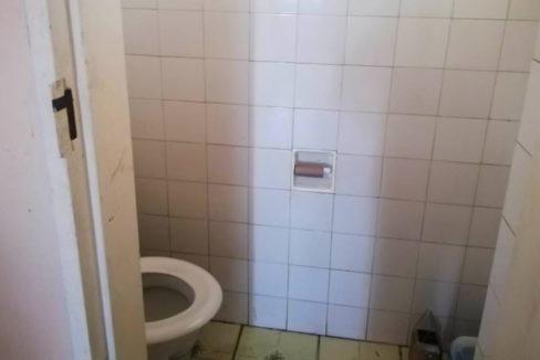 54 Bedroom Flat for Sale in Joubert Park2