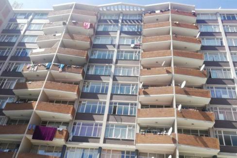 54 Bedroom Flat for Sale in Joubert Park22
