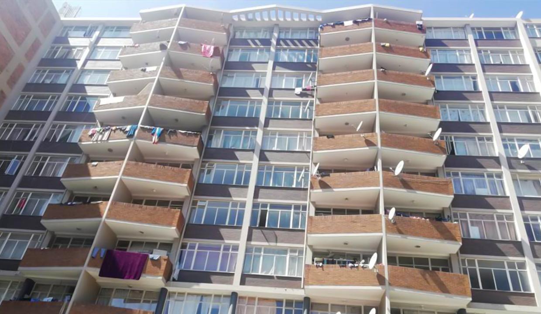 54 Bedroom Flat for Sale in Joubert Park